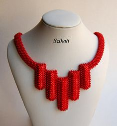 Hey, I found this really awesome Etsy listing at https://www.etsy.com/se-en/listing/469202961/coralred-statement-seed-bead-bib