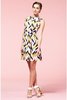 chevron Dress beautiful #topdress #anoukblokker #dresses #chevron #ChevronDress  www.2dayslook.com