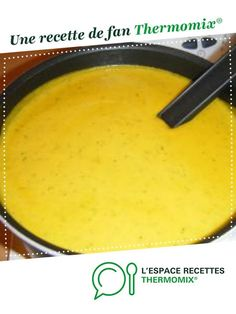 Soupe potimarron carottes et courgettes - Thermomix Easy Smoothie Recipes, Healthy Salad Recipes, Coconut Recipes, Cream Recipes, Brothy Soup Recipes, Zucchini Soup, Zucchini Squash, Homemade Frappuccino, Honey