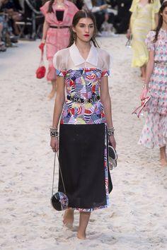 5723e225e9 8477 Best 2019 resort summer & spring !!!!! images | Fashion show ...