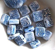 Make Clay Beads, Polymer Clay Beads, Polymer Clay Crafts, How To Make Beads, Ceramic Jewelry, Ceramic Beads, Ceramic Art, Handmade Beads, Clay Creations