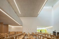 Larchwood and brick: St. Peter's parish community centre in Stuttgart - DETAIL - Magazine of Architecture + Construction Details Kirchen Design, Urban Setting, Main Entrance, Ceiling Height, Brickwork, Urban Planning, Wall Colors, New Homes, Stairs