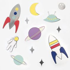 Shop these fun space paper decorations my little day. They are perfect for decorating a space themed birthday party. Birthday Table, Birthday Party Themes, 4th Birthday, Wall Stickers Planets, Lollipop Centerpiece, Quince Themes, Photos Booth, Quinceanera Themes, Space Party