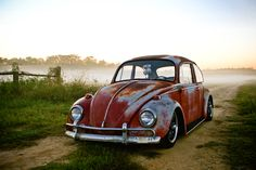 http://automodified.co.za/wp-content/uploads/2010/11/Vw-Beetle-oldskool.jpg