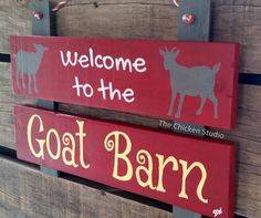How To Raise Goats: Natural Goat Care for Meat, Milk and Profits in Your Backyard - Tools And Tricks Club Cabras Boer, Goat Toys, Small Goat, Goat Pen, Farm Day, Goat Care, Boer Goats, Raising Goats, Farm Signs