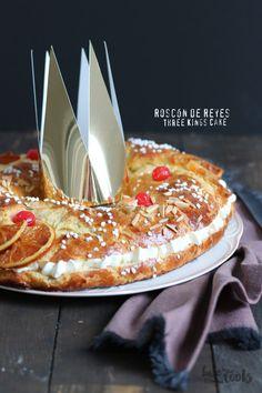 Roscón de Reyes   Bake to the roots