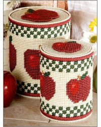 Plastic Canvas - Grab & Go Travel Project Patterns - Apple Container Covers Plastic Canvas Stitches, Plastic Canvas Tissue Boxes, Plastic Canvas Crafts, Plastic Canvas Patterns, Coffee Can Crafts, Yarn Crafts, Diy Crafts, Maya, Apple Decorations