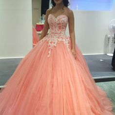 Cheap prom dresses 2017,2017 Vintage Coral Prom Dress Puffy Ball Gown Sparkly Appliqued Bodice Dropped Tulle Prom Dresse
