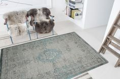 Louis De Poortere Fading World Jade Oyster 8259 Designer Luxury Rug By De Poortere Silver Grey Rug, Traditional Rugs, Room Accessories, Grey Rugs, Rugs Online, Persian Carpet, Oysters, Vintage Rugs, Tapestry