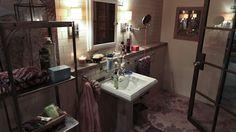 Kate Beckett's Bathroom - Castle TV Photos - ABC.com