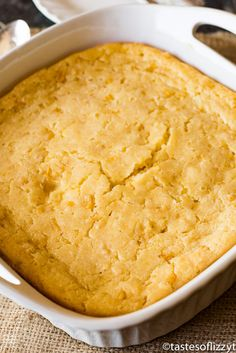 5 Ingredient Corn Casserole Recipe {with Jiffy Mix} - Tastes of Lizzy T This no-fail corn 5 ingredient corn casserole recipe is versatile and bakes up into a savory side dish that will complement any meal. Sweet Corn Casserole, Cornbread Casserole, Easy Casserole Recipes, Casserole Dishes, Jiffy Cornbread, Cabbage Casserole, Bean Casserole, Thanksgiving Recipes, Holiday Recipes