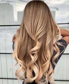 Long Blonde Ombré Rich Curls