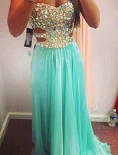 This dress is heaven