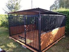 Cool Dog Houses, Outdoor Furniture, Outdoor Decor, Dog Stuff, Ideas Para, Best Dogs, Animals, Home Decor, Diy Dog