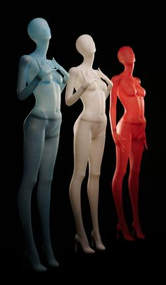 Silhouette Collection (frosted) | Women | GENESIS MANNEQUINS |||||||  With elegant poses and semi-abstract heads these young female mannequins meet the current zeitgeist. With partly expressive and straight, partly playful and diva-like poses, this eleven pose range is suitable for Haute Couture as well as Young Fashion.