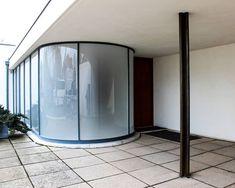 Endless Inspiration . #vilatugendhat #brno #architektura #miesvanderrohe #funkcionalismus #architecture #functionalism Functionalism, Oversized Mirror, Architecture, Inspiration, Furniture, Home Decor, Arquitetura, Biblical Inspiration, Decoration Home