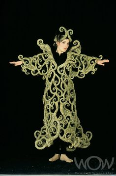 Structured but still elegant World Of Wearable Art, Flax Weaving, Woodland Elf, Wow World, Maori Designs, French Collection, New Zealand Art, Conceptual Fashion, King Lear