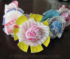 Egg Carton Lollipop Flowers (Crafts by Amanda) - as Party Favor for just about any occasion, even Valentine Valentine Crafts For Kids, Valentines Gifts For Boyfriend, Homemade Valentines, Valentine Stuff, Holiday Crafts, Valentine Ideas, Valentine Cards, Spring Crafts, Valentine Activities