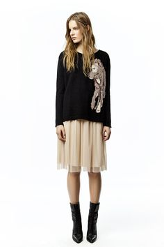 Now I know what to do with my tulle skirt for Fall!
