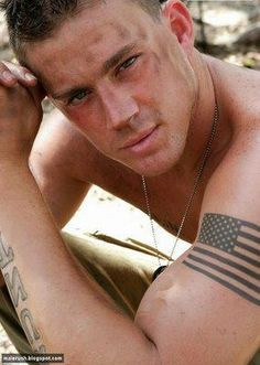Lets get to task and look at some fantastic temporary flag tattoos and designs. Check this post of beautiful flag tattoo designs. Pretty People, Beautiful People, Simply Beautiful, Chaning Tatum, Black And White Flag, Best Flags, Portraits, Foto Art, Raining Men