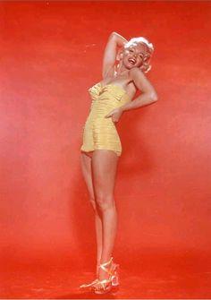 Marilyn photographed by Nick De Morgoli, 1953