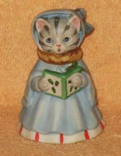 """L@@K RARE KITTY CUCUMBER """" SILENT NIGHT """" CAROLER DRESSED IN BLUE MINT NO BOX in Collectibles, Decorative Collectibles, Decorative Collectible Brands 