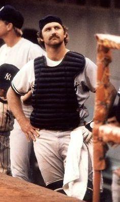 Thurman Munson Yankees Team, New York Yankees Baseball, New York Giants, Baseball Players, Baseball Memes, Baseball Guys, Baseball Wall, Baseball Classic, Lou Gehrig