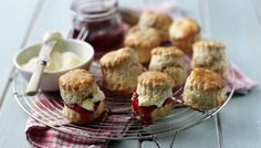 Scones from BBC Food. (Very good recipe, though I need play with the amount of baking powder/soda to get a decent rise without self raising flour. Basic Scones, Mini Scones, Cream Scones, Bbc Good Food Recipes, Baking Recipes, Yummy Food, Scone Recipes, Bbc Recipes, Clotted Cream