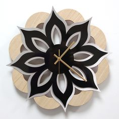 Reloj de pared madera laminada roble ,lamina decorativa negro brillo
