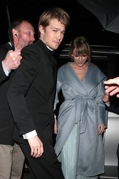 Joe Alwyn and Taylor Swift seen at the BAFTAs: Vogue x Tiffany. Joe Alwyn and Taylor Swift seen at Joe Taylor, Taylor Alison Swift, The Baftas, Tiffany, Cute Celebrity Couples, List Of Famous People, Vogue, Cute Celebrities, Film Awards