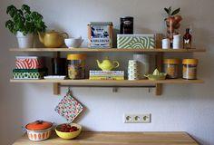 Kitchen shelves | Flickr - http://www.ikea.com/de/de/catalog/products/80094245/