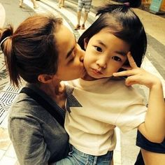 Kang Hye Jung fondly talks about her daughter Haru on 'Tablo's Dreaming Radio'   allkpop