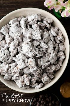 Best Puppy Chow Recipe EVER! Only 4 ingredients and a few minutes results in an irresistible dessert loaded with chocolate and peanut butter! The perfect sweet treat to feed a crowd! Plus, it's gluten-free, dairy-free, and vegan! Lemon Puppy Chow, Easy Puppy Chow Recipe, Puppy Chow Snack, Puppy Chow Recipes, Healthy Puppy Chow, Snack Mix Recipes, Healthy Dessert Recipes, Cooking Recipes, Recipes With Rice Chex