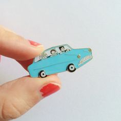 Ford Anglia soft enamel pin with gold detail. Butterfly clasp pin back. 3,5 cm at widest point.