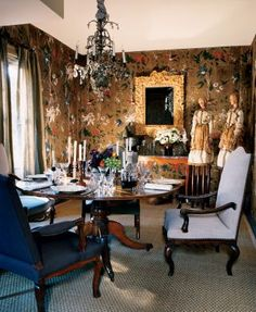 Traditional Dining Room in Hamptons, New York