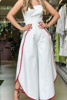 Enterizo sesgo #1 Chic Outfits, Dress Outfits, Casual Dresses, Fashion Dresses, Ankara Dress Designs, Only Fashion, Womens Fashion, Pants For Women, Clothes For Women