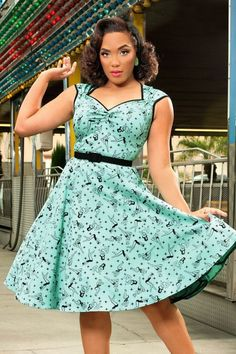 Pinup Couture Heidi Mint Green Pinup Swing Dress 102 49 15386 4