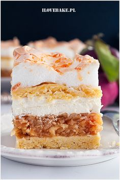 Rolada biszkoptowa Raffaello - I Love Bake Tart Recipes, Dessert Recipes, Cooked Apples, Food Cakes, Vanilla Cake, Delicious Desserts, Cheesecake, Food Porn, Good Food