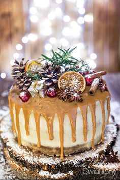 Christmas Cake Designs, Xmas Food, Pastry Cake, Holiday Recipes, Biscuits, Cake Decorating, Bakery, Sweet Treats, Food And Drink