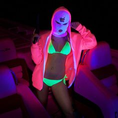 Stream Movin' On (Marshmello- 'Moving On' Itchy Trigger Finger hip hop RMX) by U-FOE (Official) from desktop or your mobile device Paula Patton, Mtv, Mask Girl, Spring Breakers, Ex Machina, Halloween Disfraces, Balaclava, Sexy, Mixtape