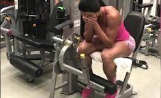 """""""Sofrência"""": Conheça o treino que faz Gracyanne Barbosa chorar"""