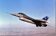 Fighting Falcon Fighter Jet With Diverterless Supersonic Inlet (DSI) New Aircraft, Military Aircraft, Air Fighter, Fighter Jets, Jet Fight, Ala Delta, F 16 Falcon, Experimental Aircraft, Jet Engine