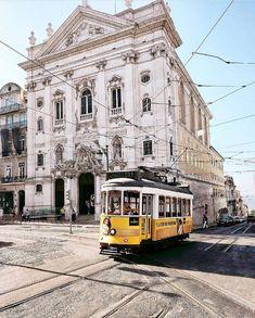 US History of Tourism - U. Visit Lisboa, Lisbon Tram, City Of Columbus, Visit Portugal, Milanesa, Us History, Camping, Continents, Cool Photos