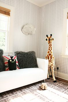 dotted wall + fun playroom