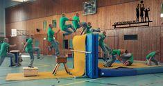Le Parkour Schule Krick Parkour, Ninja Warrior, Camping Games, Kids Sports, Life Hacks, Basketball Court, Survival, Freestyle, Poses