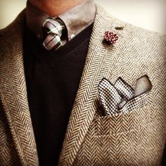 Pocket squares are so fast and easy to make! Perfect DIY gift for him!