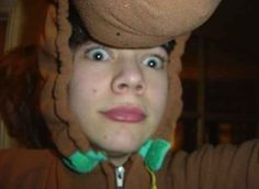 The Most Awkward Pictures Of One Direction Before They Were One Direction oh my god Harry Young Harry Styles, Harry Styles Mode, Harry Edward Styles, One Direction Imagines, One Direction Pictures, I Love One Direction, Harry Styles Dibujo, Harry Por, Scooby Doo