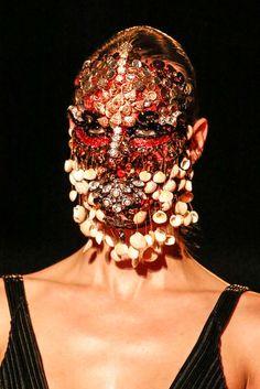 Givenchy Fall 2015 Menswear - Details - Gallery - Style.com Catwalk Makeup, Givenchy Women, Fashion Art, Fashion Show, Fashion Design, High Fashion, Fall Winter 2015, Spring 2014, Makeup Art