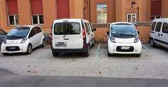 Treni, filobus, glof car e carrelli elevatori. L'auto elettrica non è l'unico esempio di macchina alimentata ad elettricità, ma il problema è la ricarica