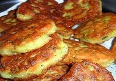 Υλικά: 3-4 πατάτες 3 αυγά 1/2 ποτήρι γάλα Λίγο μαϊντανό Ελαιόλαδο Αλάτι και πιπέρι Εκτέλεση Καθαρίστε και τρίψετε τις πατάτες στην μεσαία πλευρά του τρίφτη. Προσθέστε τα αυγά, το γάλα, το μαϊντανό,... Pureed Food Recipes, Greek Recipes, Cooking Recipes, Veggie Dishes, Tasty Dishes, Pastry Cook, Greek Cooking, Greek Dishes, Mediterranean Recipes